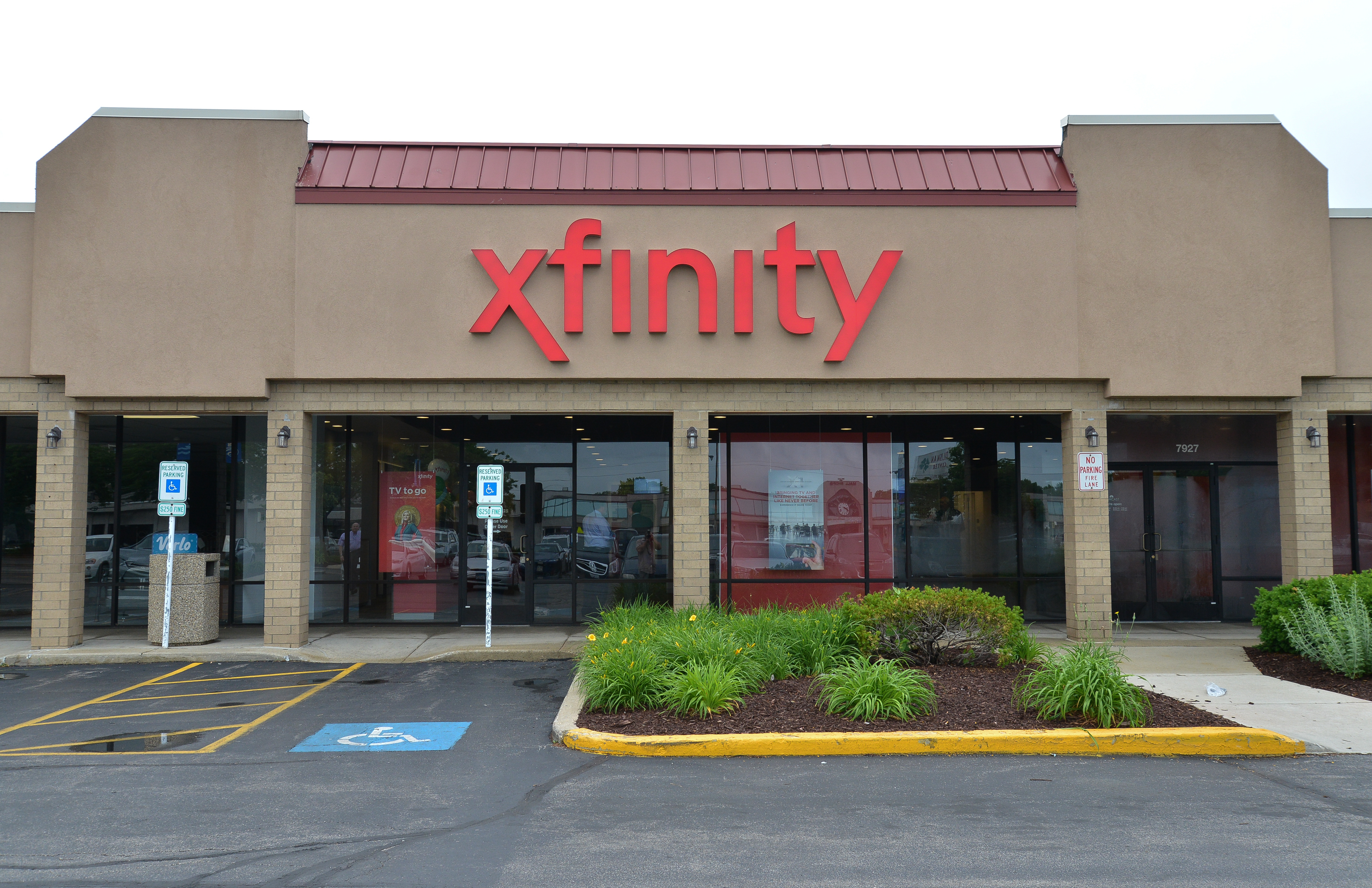 First Xfinity Retail Store In Chicago S Sw Suburbs To Open In Bolingbrook