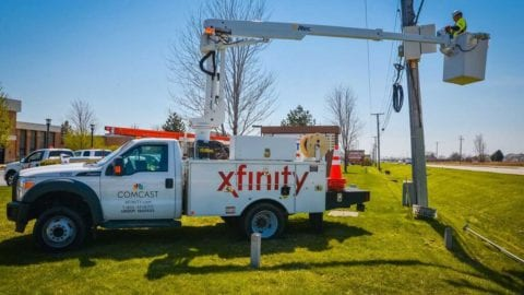 Comcast in DuPage County IL: Network passes 5,000 miles; Number of WiFi Hotspots passes 130,000