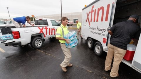 Chicago Area Comcast Techs on way to Southwest Florida to Help Restore Service in Storm-Battered Areas