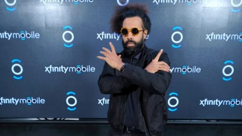 Reggie Watts helps Comcast Celebrate Chicago Area Xfinity Mobile Launch